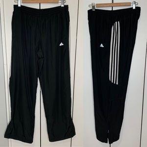 40312 Mens Adidas ClimaProof Track Pants Sz M.